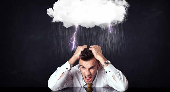 تفاوت استرس و اضطراب از نظر زمانی