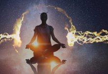 قانون جذب کائنات چیست؟ چطور همه چیز را به خود جذب کنیم؟