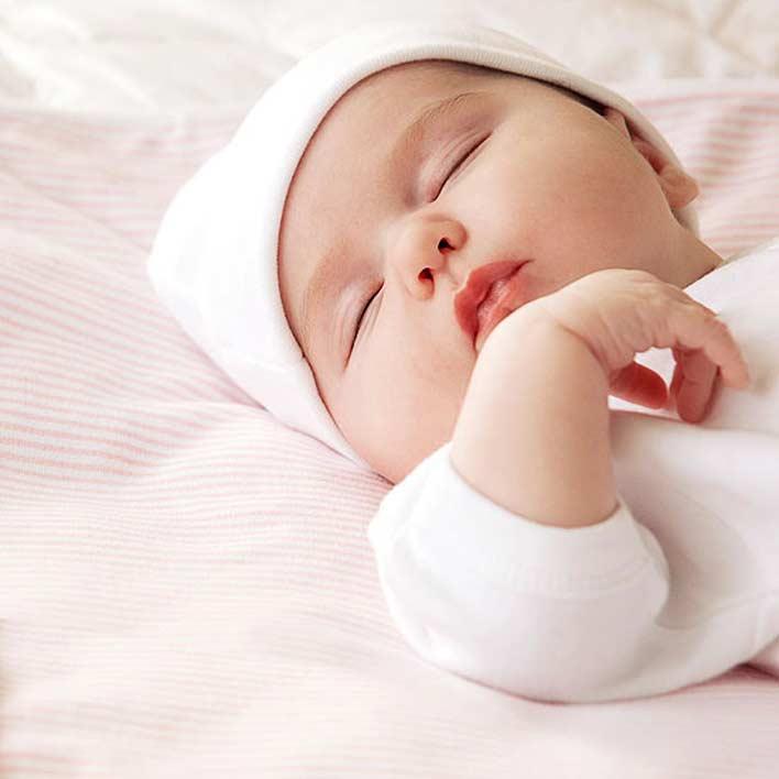 تاثیر نوع پوشش نوزاد در بی خوابی شبانه