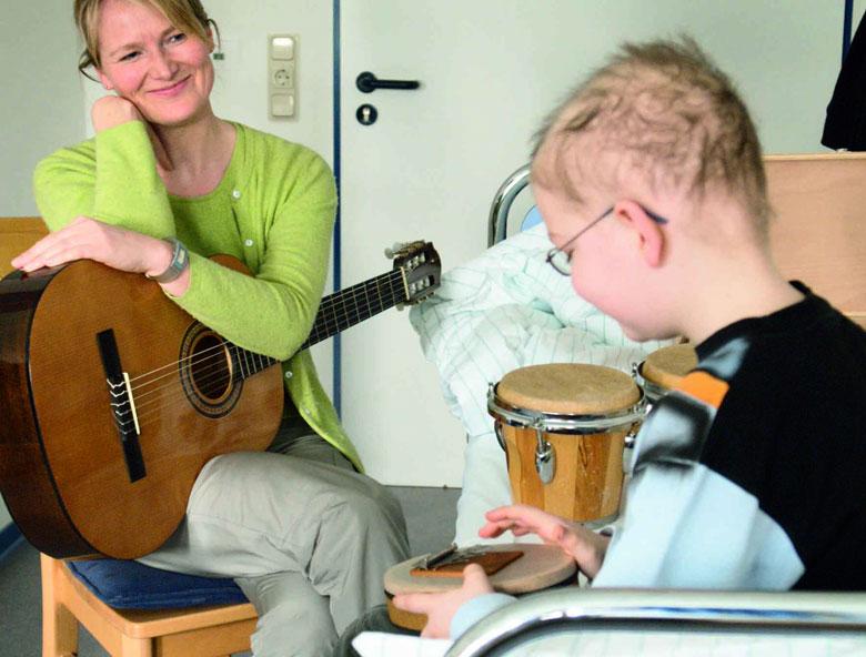 نکاتی در خصوص آموزش موسیقی به کودکان اوتیسم