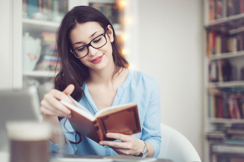 تاثیر مطالعه و کتابخوانی بر سلامت روان