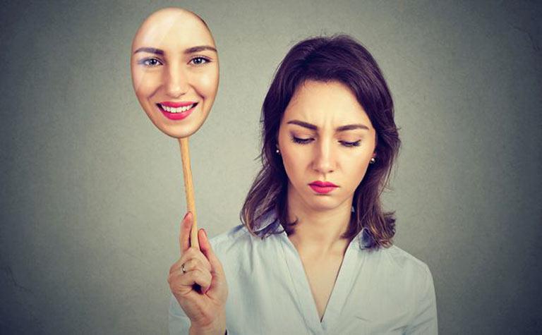 ۱۰ خصوصیت بارز افراد دارای شخصیت درونگرا