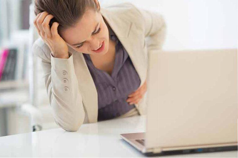 استرس معده چیست ؟ 10 راهکار بسیار عالی برای درمان آن - معده عصبی