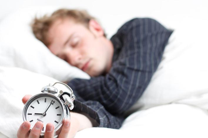 داشتن خواب کافی و منظم