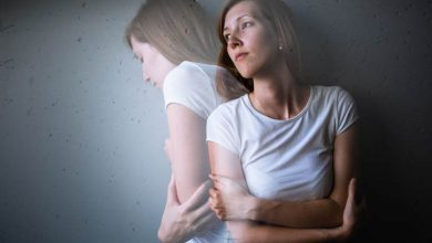 علائم افسردگی شدید و راهکارهای درمان آن