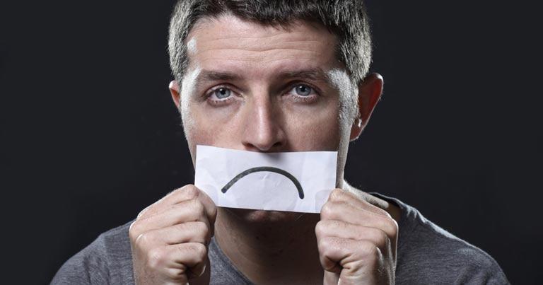 مهمترین علائم افسردگی در مردان چیست؟ + راهکار های درمان