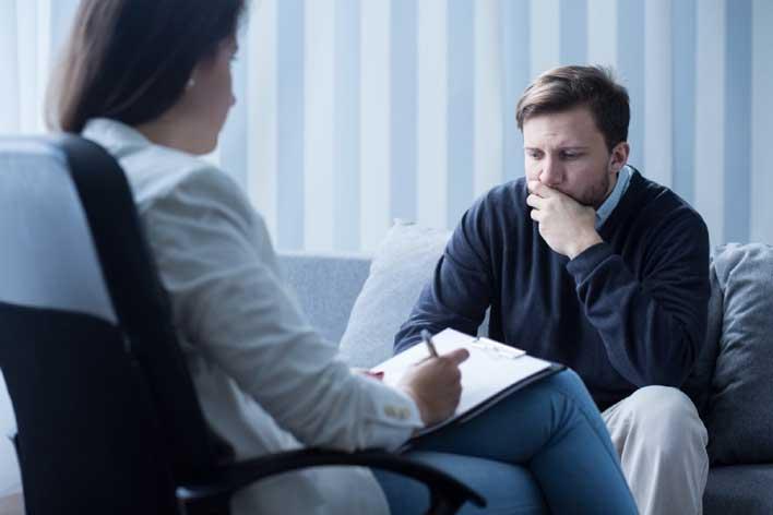 برای غلبه بر ترس از مرگ از مشاوره کمک بگیرید