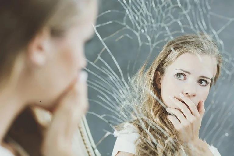 عوارض ، فواید و علل خودارضایی در زنان و دختران + راهکارهای ترک خودارضایی
