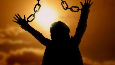 Photo of ۱۰ راهکار عملی ترک خودارضایی + عوارض خودارضایی