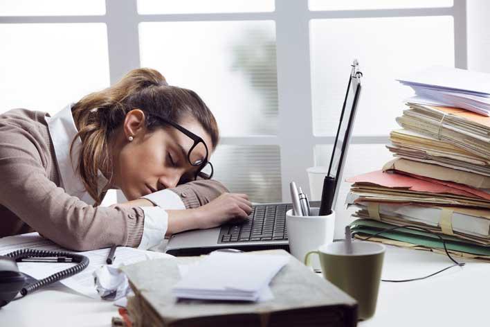 خواب آلودگی از علائم مصرف شربت متادون
