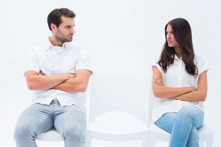عواقب و مشکلات ازدواج در سنین نامناسب برای دختر و پسر