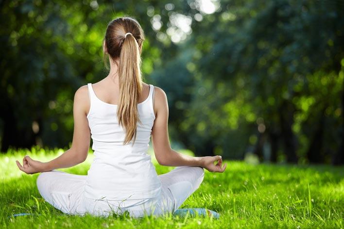 فواید و تأثیرات ورزش یوگا بر بدن